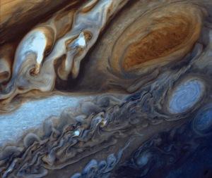 Jupiter_Red_Spot-NASA_JPL_PIA01384