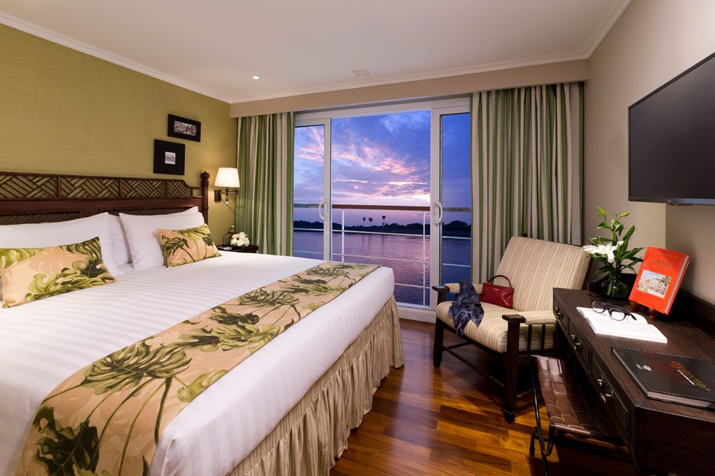 TheStrand_stateroom_img-gallery4