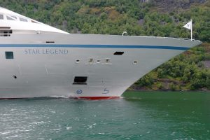 Star Legend sails north