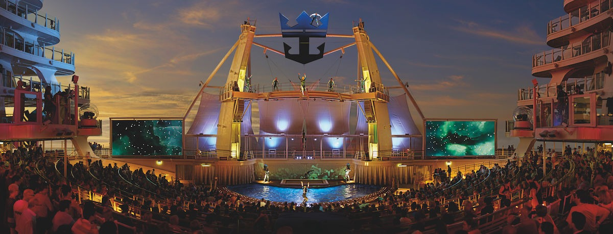 AquaTheater show at night