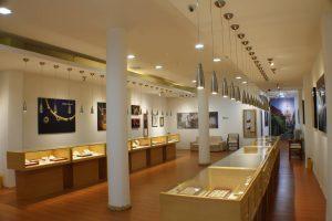 Emeralds of Cartagena: Colombia's Prized Gemstone