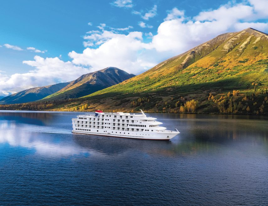 American Constellation cruises the Pacific Northwest