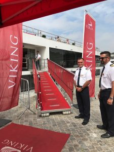 Viking Helgrim's captain welcomes cruisers to the Douro