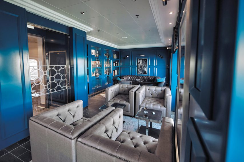 Connoisseur Club, Regent Seven Seas