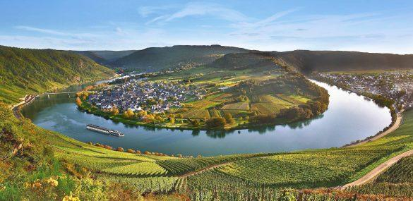 AmaWaterways Announces Record Bookings in March
