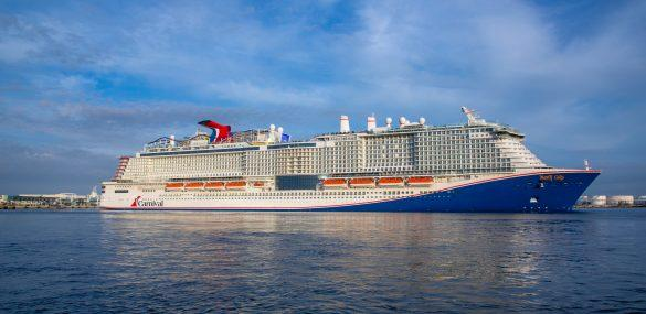 Carnival Cruise Line Christens <i></noscript><img class=