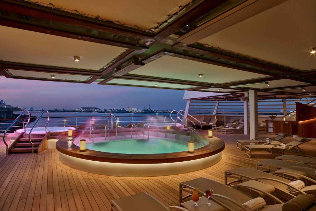 Seabourn Ovation Cruise Ship Review