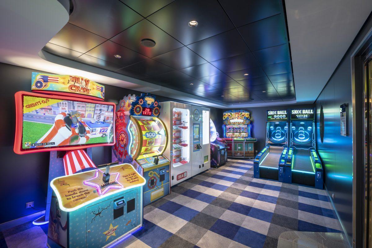 MSC Bellissima, Virtual Games Arcade & Bowling